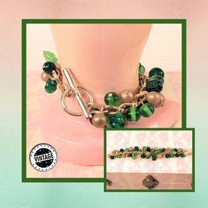 🎭 Vintage Cluster Bead Bracelet